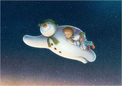 le-bonhomme-de-neige-et-le-petit-chien
