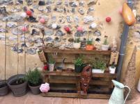 Un jardin vertical sur une palette, Jeanne CE2 – école Caubrière, Honfleur