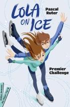 Lola n'a qu'une passion : le patin à glace. Avec son amie Sascha elles sont repérées pour passer les sélections de la Ice Academy. Cependant, entre l'entrée en sixième et les devoirs de son petit frère, Lola a du mal à tout concilier. Avec un marque-page détachable.