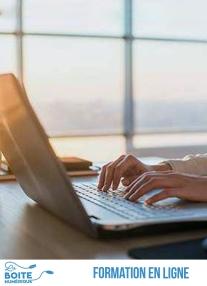 Accompagné par l'expert Philippe Massol, apprenez dans ce cours de rédaction professionnelle en ligne les outils de structuration du message qui vous permettront de décider à l'avance ce que vos lecteurs retiendront de votre document, que ce soit un mail ou un rapport de plusieurs pages. Dans ce cours en ligne, vous apprendrez des techniques de communication écrite applicables à tout type de document afin de donner de l'impact à vos écrit et convaincre vos lecteurs. (La Boîte numérique)