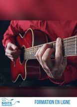 """Dans ce cours en ligne de guitare jazz manouche, accompagné de Clément Reboul, guitariste professionnel, vous apprendrez à interpréter la valse """"Indifférence"""" ainsi que toutes les subtilités de la valse à la guitare jazz manouche.Ce cours s'adresse à des guitaristes intermédiaires ou avancés ayant déjà une bonne maîtrise de leur instrument. (La Boîte numérique)"""
