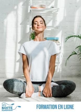 Grâce à ce cours de Yoga Nidra en ligne, atteignez votre subconscient à l'aide de la visualisation, la rotation de la conscience et l'affirmation positive (sankalpa). Cette pratique de méditation avancée vous permettra de vous relaxer en profondeur ainsi que d'améliorer la qualité de votre sommeil et de votre quotidien. (La Boîte numérique)