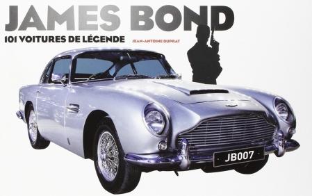 Présentation des voitures utilisées par l'espion britannique au cours de sa carrière : Aston Martin, Ferrari, Jaguar, Mercedes... Pour chaque modèle, sont détaillées les spécifications techniques, les anecdotes de tournage et les scènes mythiques dans lesquelles elles figurent. (Electre)